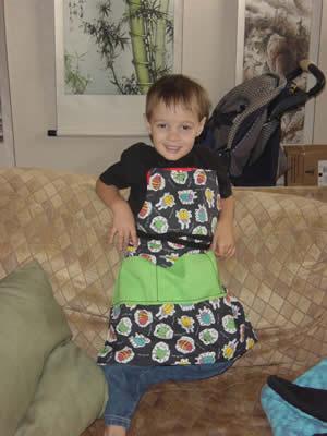 bug apron